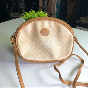 Gucci Authentic Vintage 90's GG Logo Crossbody